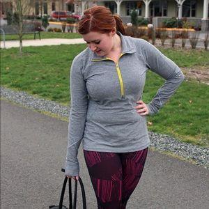 ⬇️ Lululemon 1/4 Zip Gray Pullover with Yellow